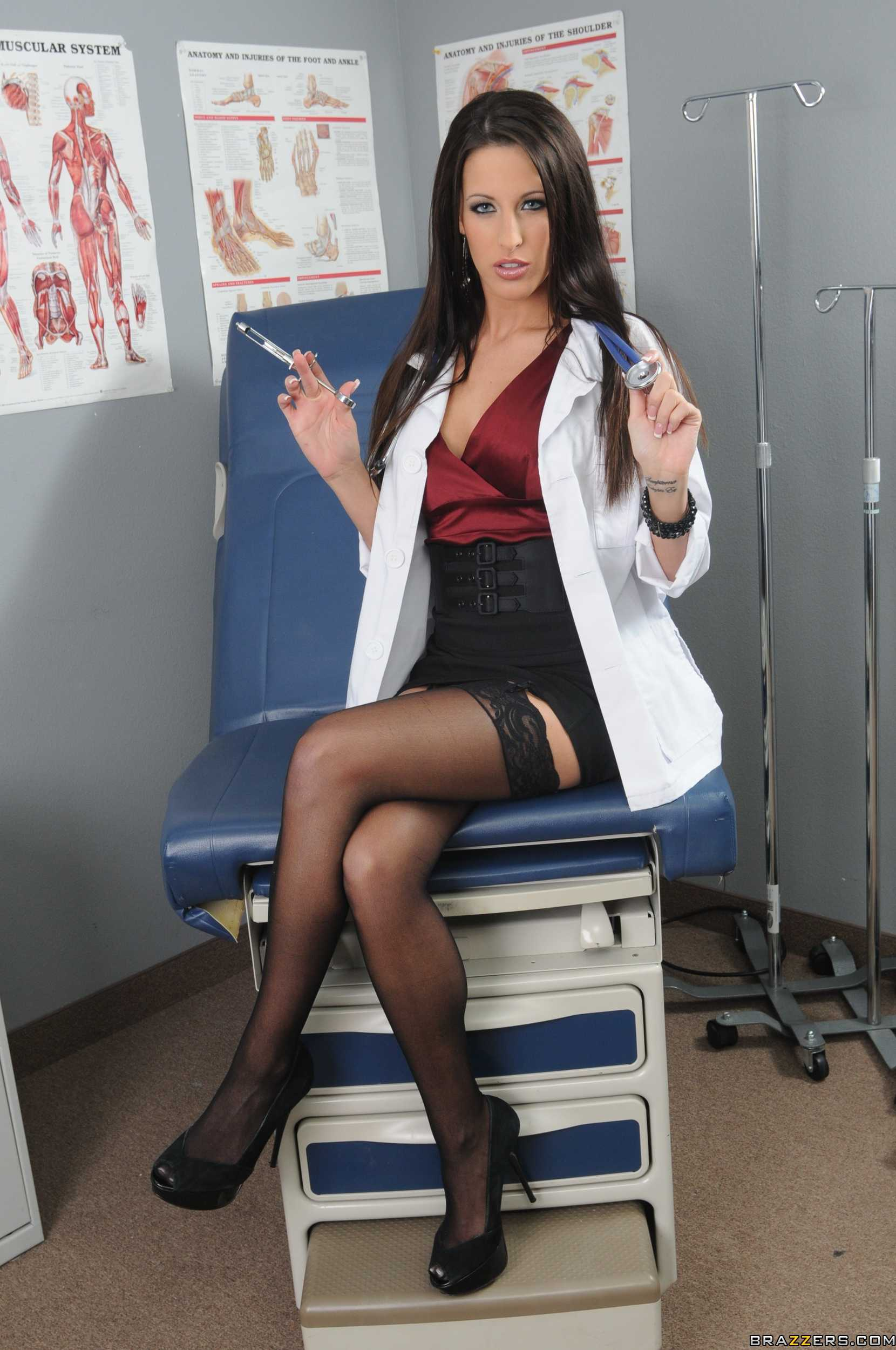 Doctor Adventures-- Kortney Kane[16P]